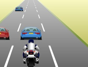 Game-crazy-motorcycle-rider-on-the-highway