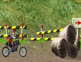 Set-of-obstacles-to-jump-motocross