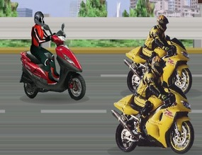 Course-de-scooter-vs-moto-gp